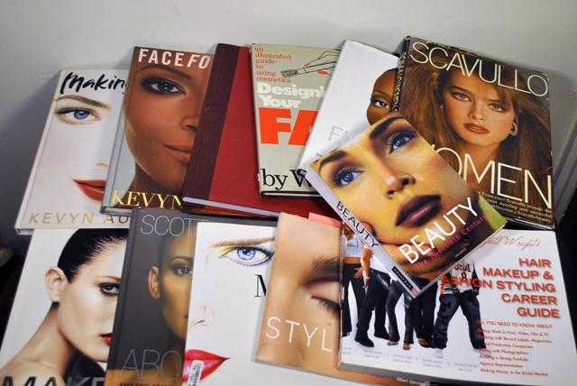 Teaser Best Professional Makeup Books